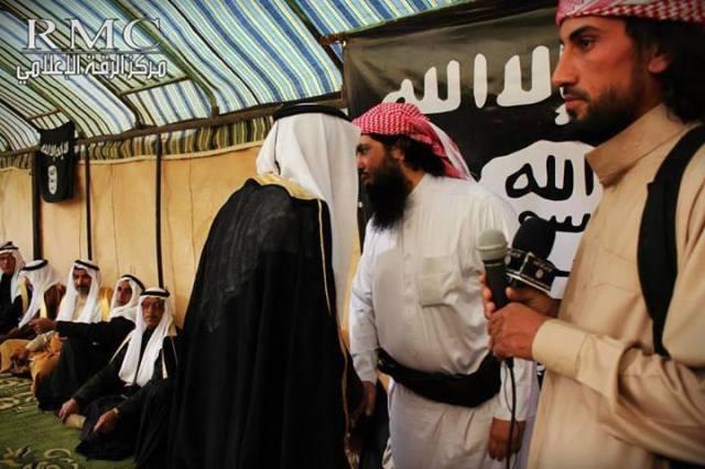 Irak 14 tribus juran lealtad a ISIS (4)