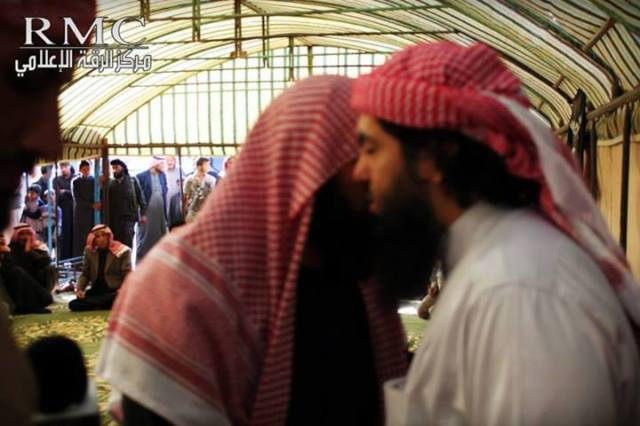 Irak 14 tribus juran lealtad a ISIS (5)